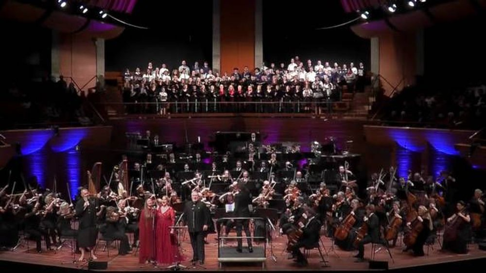 No masks and social distance: New Zealand Symphony plays to a full concert audience - Armenian National Music (anmmedia.am)