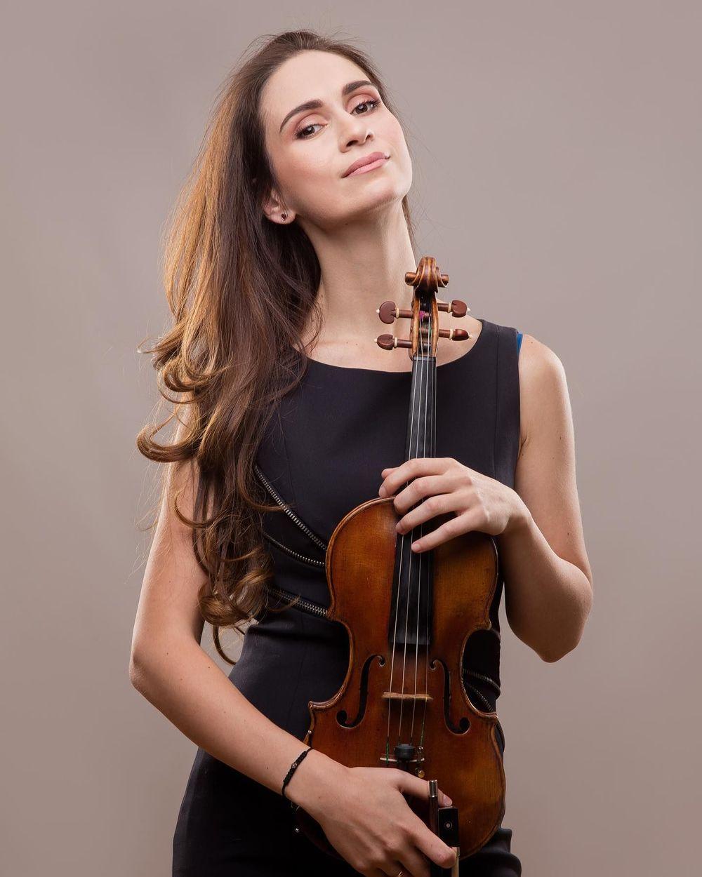 Anush Nikoghosyan - Armenian National Music (anmmedia.am)