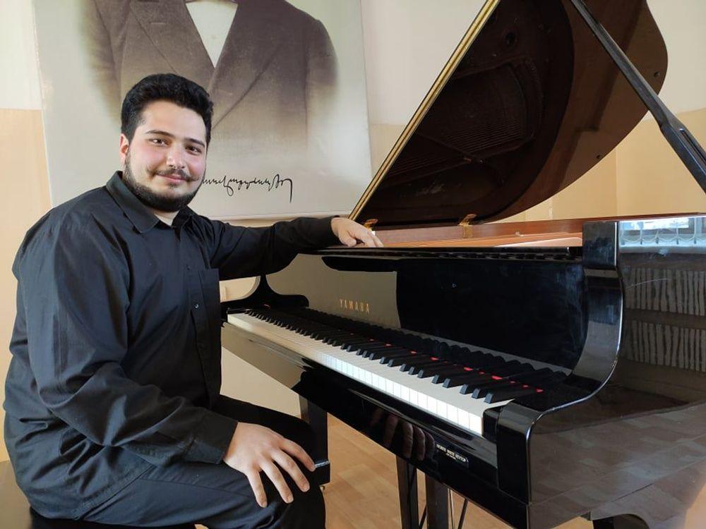 Pianist Tigran Petrosyan to participate in Vladimir Krainev International Competition - Armenian National Music (anmmedia.am)