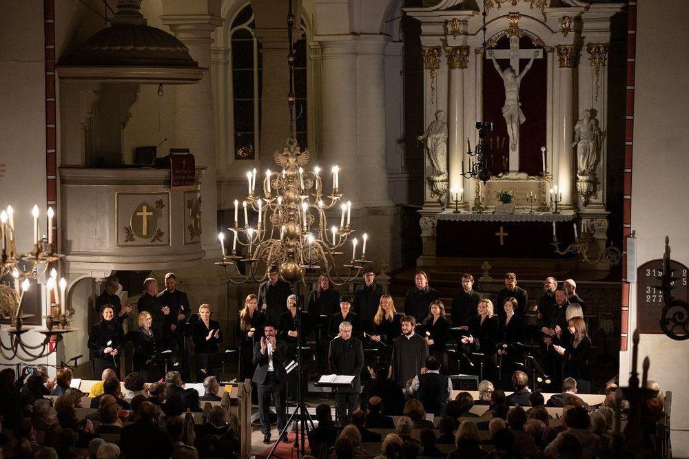 The Independent-ը Կոմիտասի «Սուրբ Պատարագ» սկավառակին տվել է բարձրագույն գնահատական - Armenian National Music (anmmedia.am)