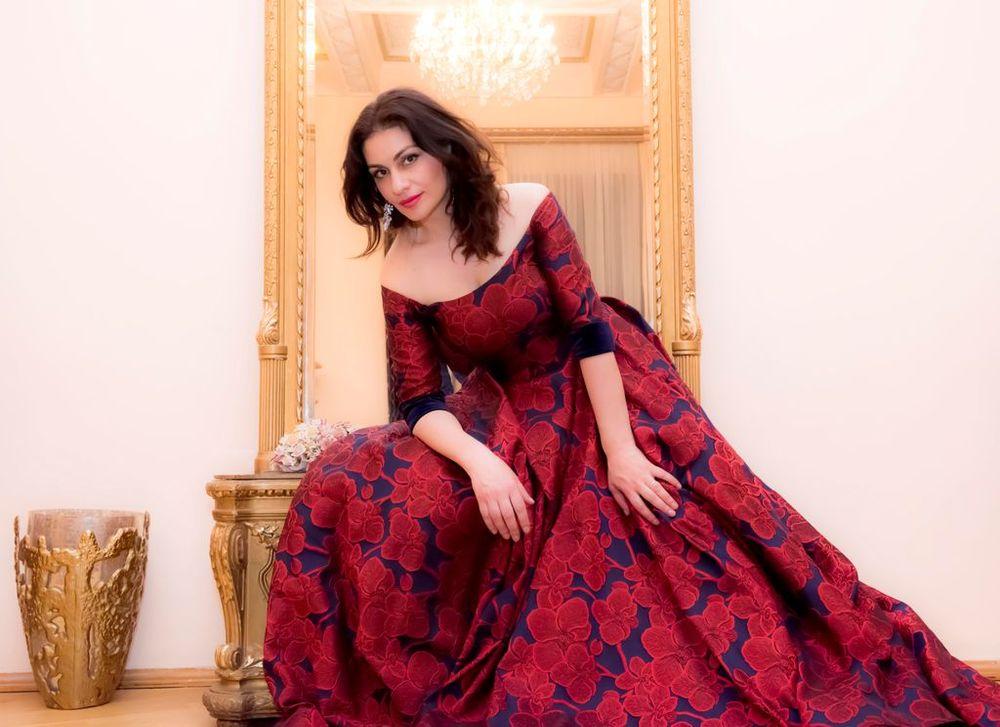 Վարսենիկ Ավանյան. «Այն, ինչ քոնն է՝ ուրիշ ոգով ես ներկայացնում» - Armenian National Music (anmmedia.am)
