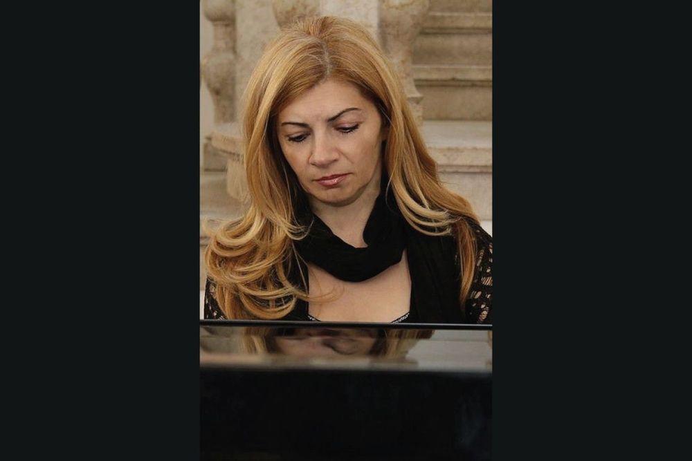 Մարինա Դելլալյան - Armenian National Music (anmmedia.am)
