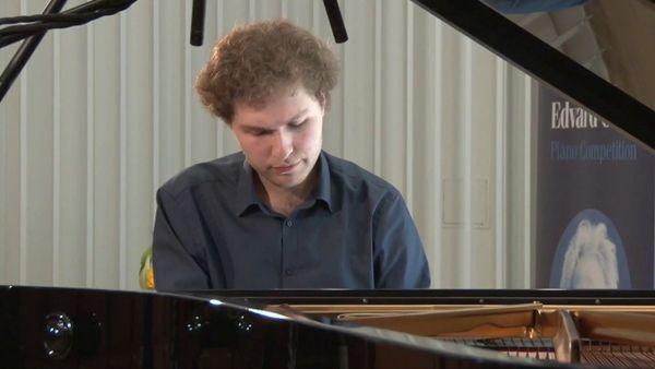 Zhora Sargsyan participates in the Busoni International Piano Competition